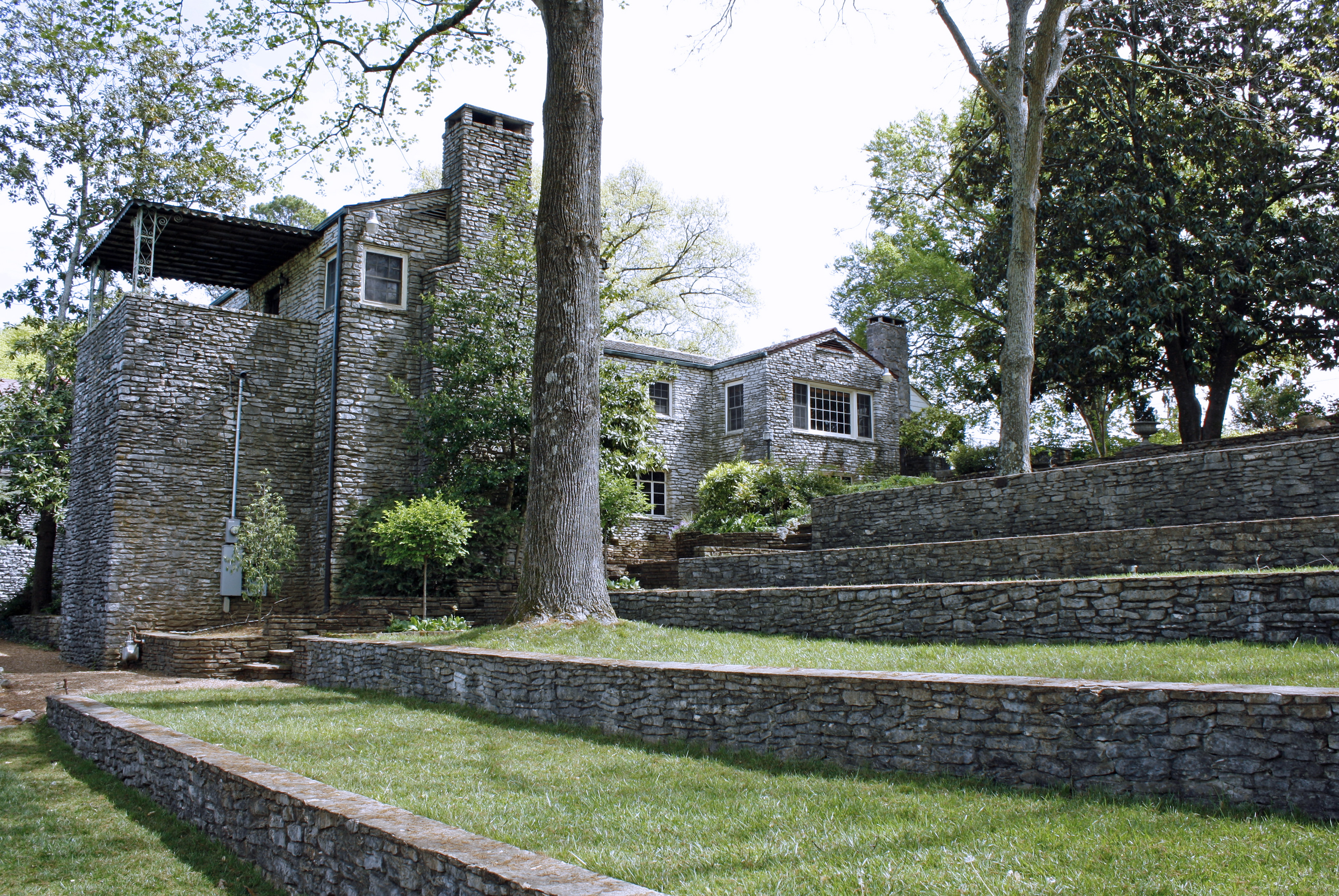 Superieur Joe Howell Studied Landscape Design And Fell In Love With Stonework. After  Establishing The Joe N. Howell Landscape Nurseries In 1942, He Constructed  Stone ...